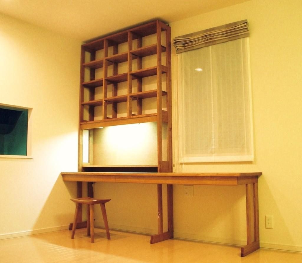 タモの本棚付きデスク  無垢のオーダーメイド家具(東京/新宿/神楽坂)